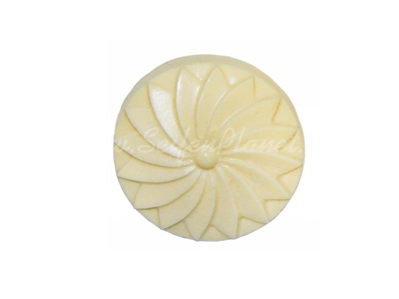 Seifenfarbe elfenbein opak » 2,65€ » SeifenPlanet-Onlineshop