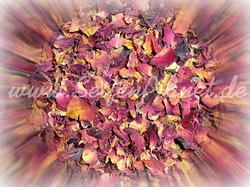 Rosenblütenblättern rot geschnitten 100 g » 4,55€ » SeifenPlanet-Onlineshop